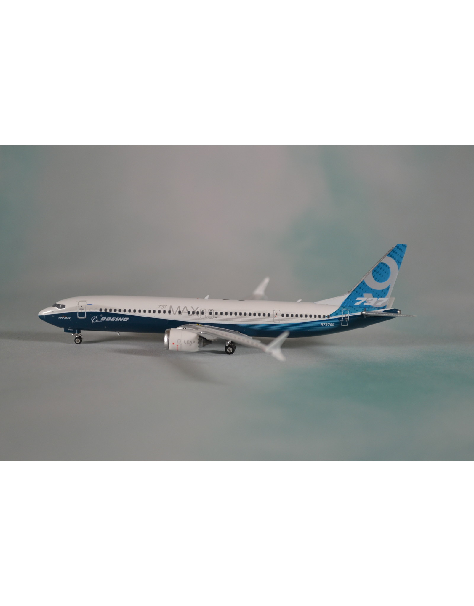 PH4 Boeing 737max9 house N7379E