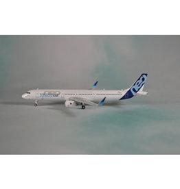 PH4 Airbus A321neo house D-AVXA