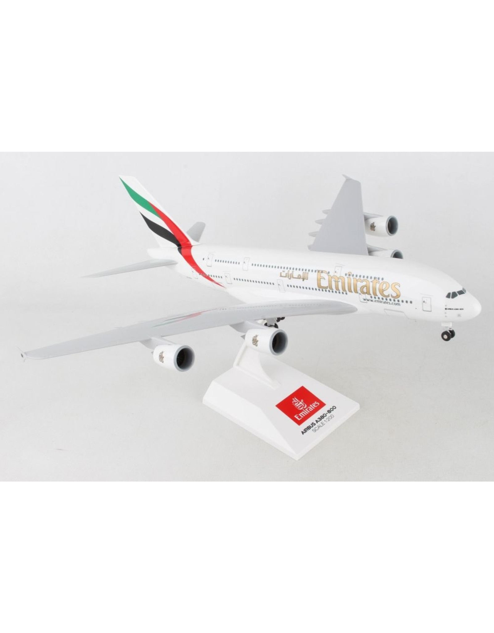 Skymarks Skymarks Emirates A380-800 1/200 W/GEAR