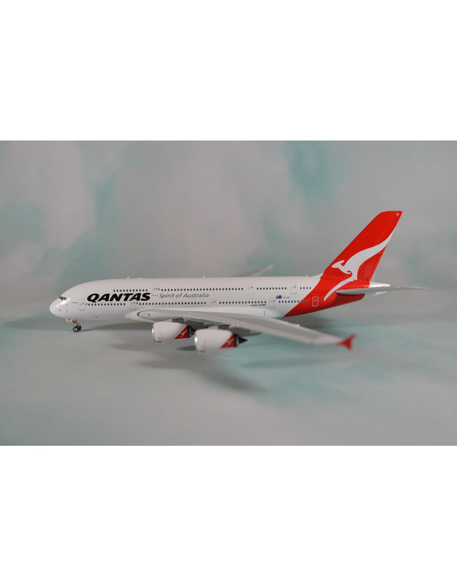 Phoenix PH4 Qantas A380 VH-OQI