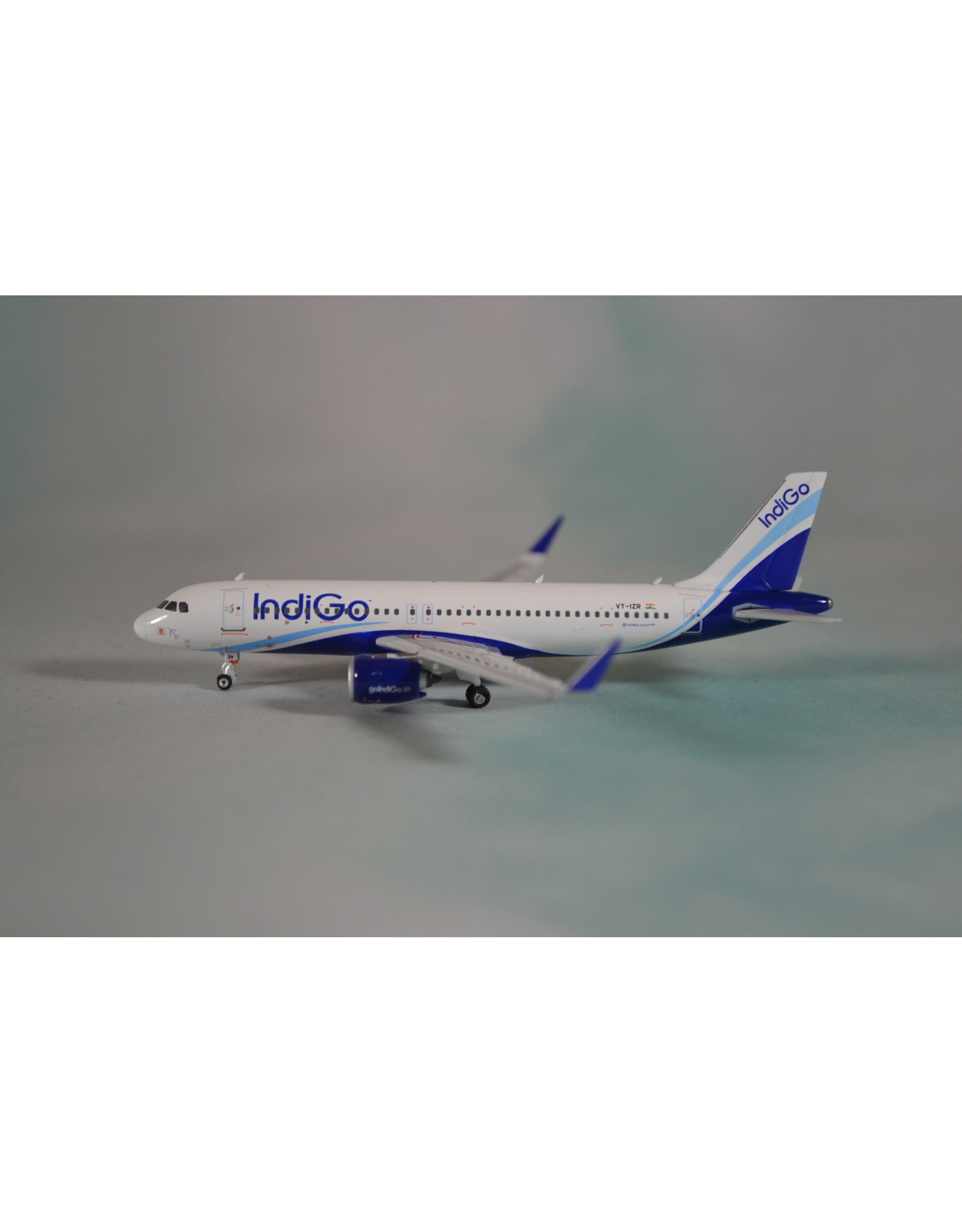 Phoenix PH4 IndiGo A320neo VT-IZR