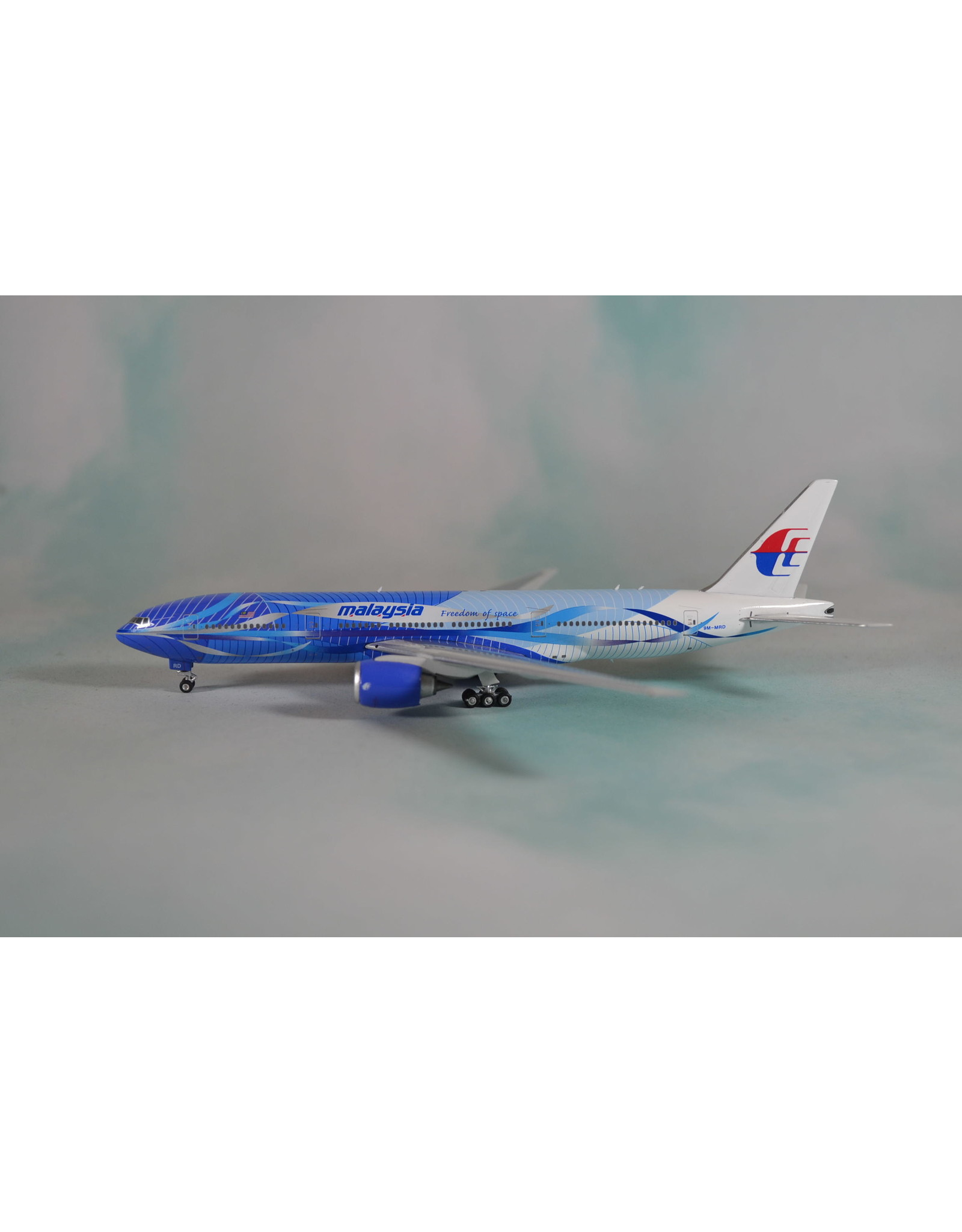 Phoenix PH4 Malaysia 777-200ER Freedom of Space