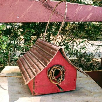 -NATURE CREATIONS RUSTIC HANGING WREN HOUSE WITH BARBED WIRE AND TIN ROOF