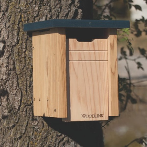 - WOODLINK CEDAR BLUEBIRD/SWALLOW HOUSE
