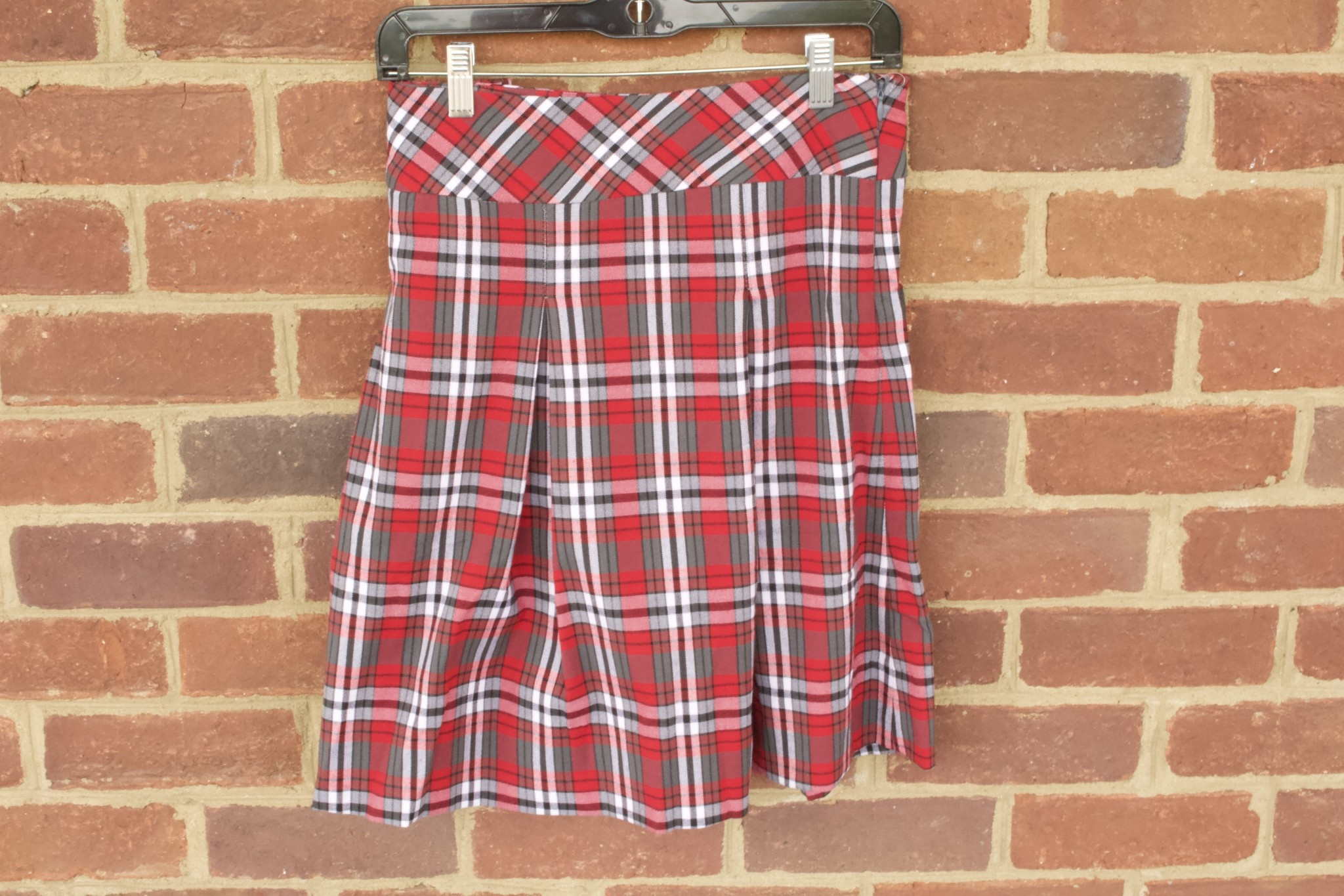 Girls  Plaid  Skirt 1118 (new fabric)