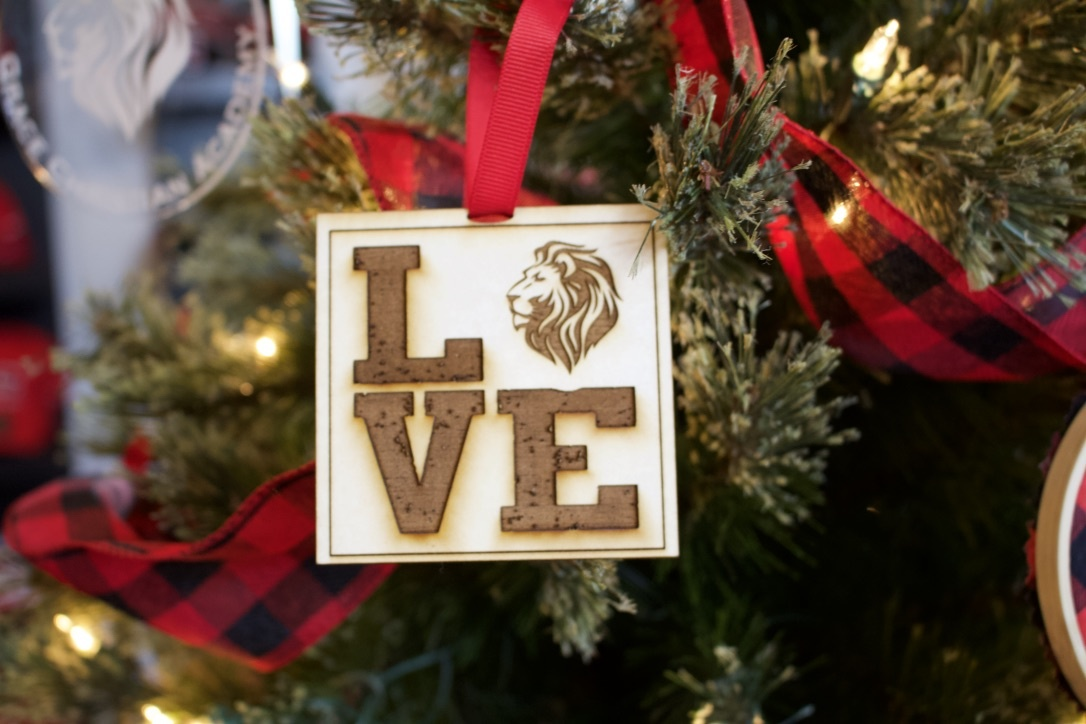Z  Wooden LOVE GCA Ornament