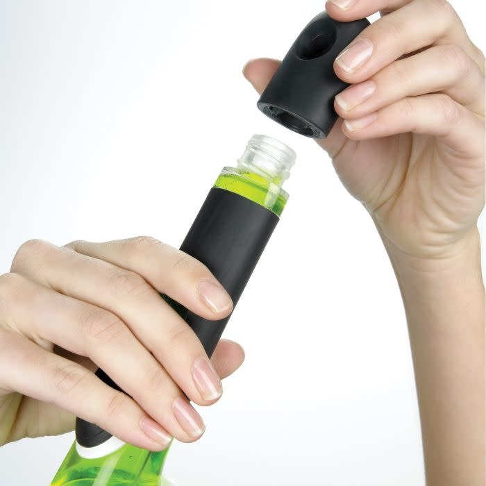 OXO Good Grips - Soap Dispensing Dish Brush