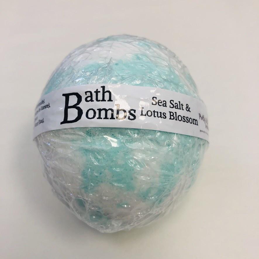 Sea Salt & Lotus Blossom - Bath Bomb