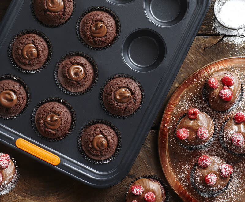 Le Creuset Muffin Tray NS - 12 Cup - 24cm x36cm