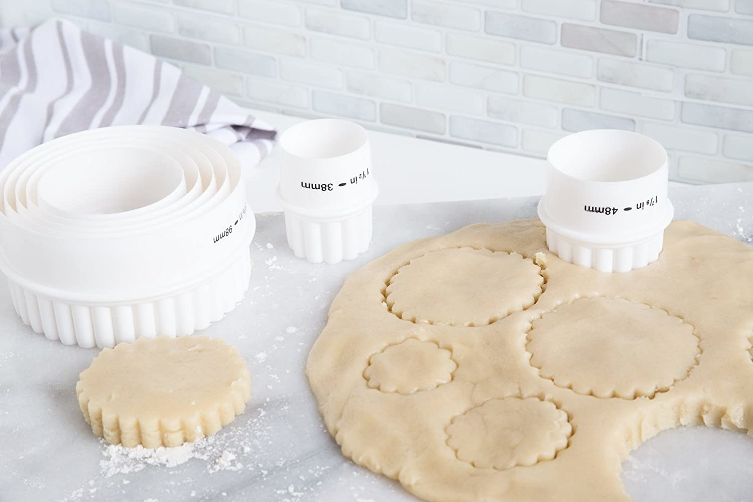 Plain/Crinkle Dbl Sided Cookie Cutters 7pc