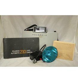 Polaroid Polaroid Colorpack Auto 210 with Flash & Case (pre-owned)