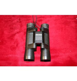 ZEISS 10x25 B T* binoculars WEST GERMANY (Pre-owned)