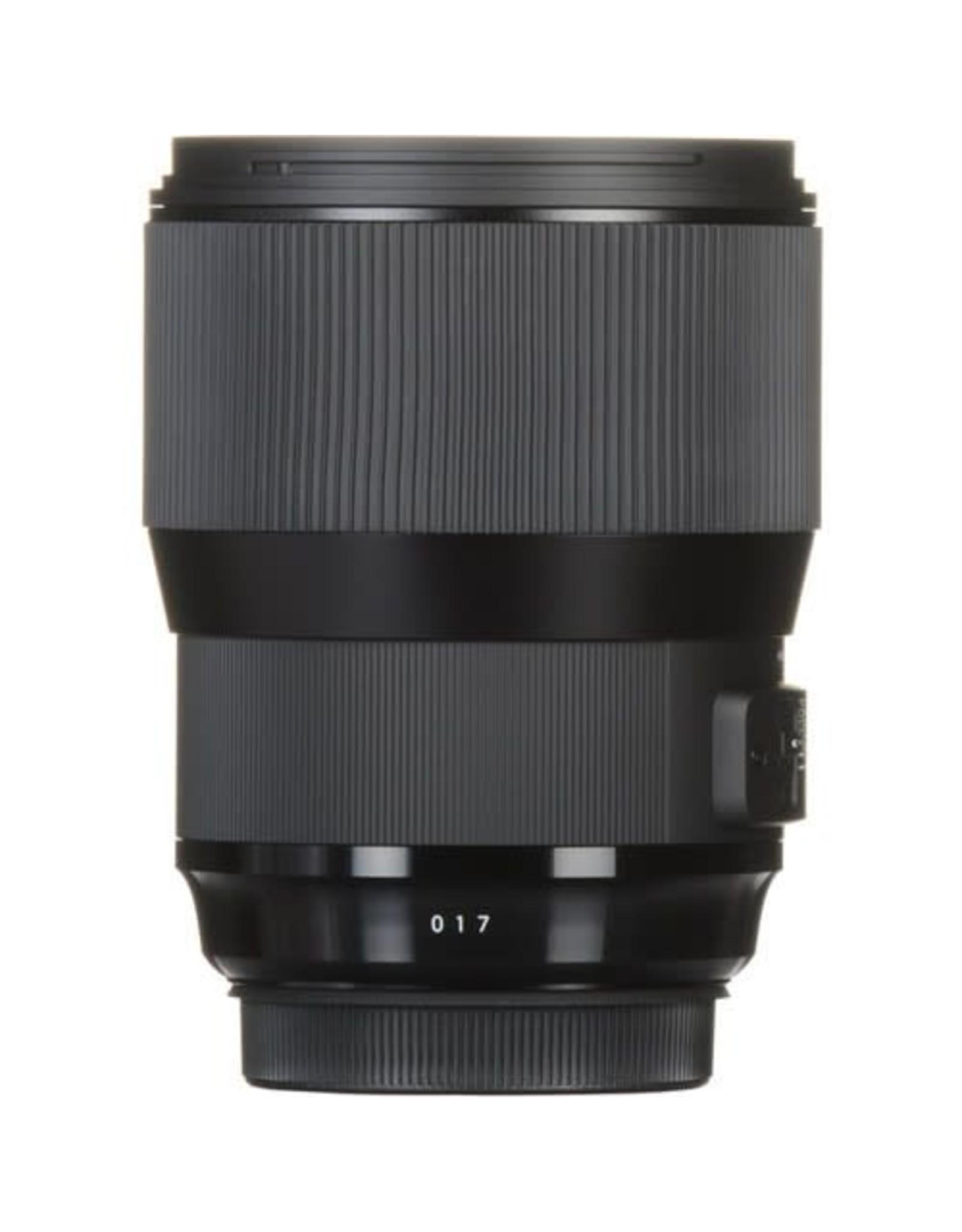 Sigma Sigma 135mm f1.8 Art DG HSM