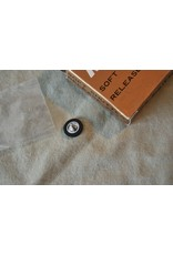 BNIB GENUINE NIKON AR-9 SCREW IN SOFT SHUTTER RELEASE F3 FE FE2 FM FM2 FA
