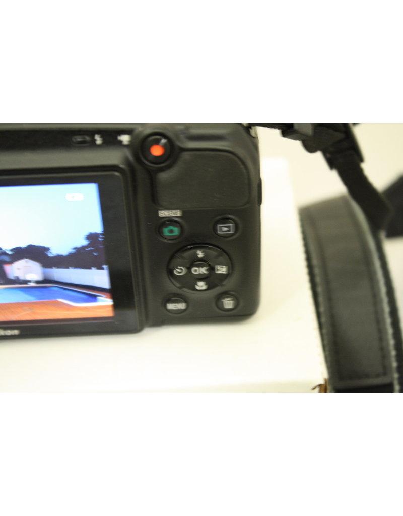 Nikon COOLPIX L820 16 MP CMOS Digital Camera w 30x Zoom Lens & Full HD 1080