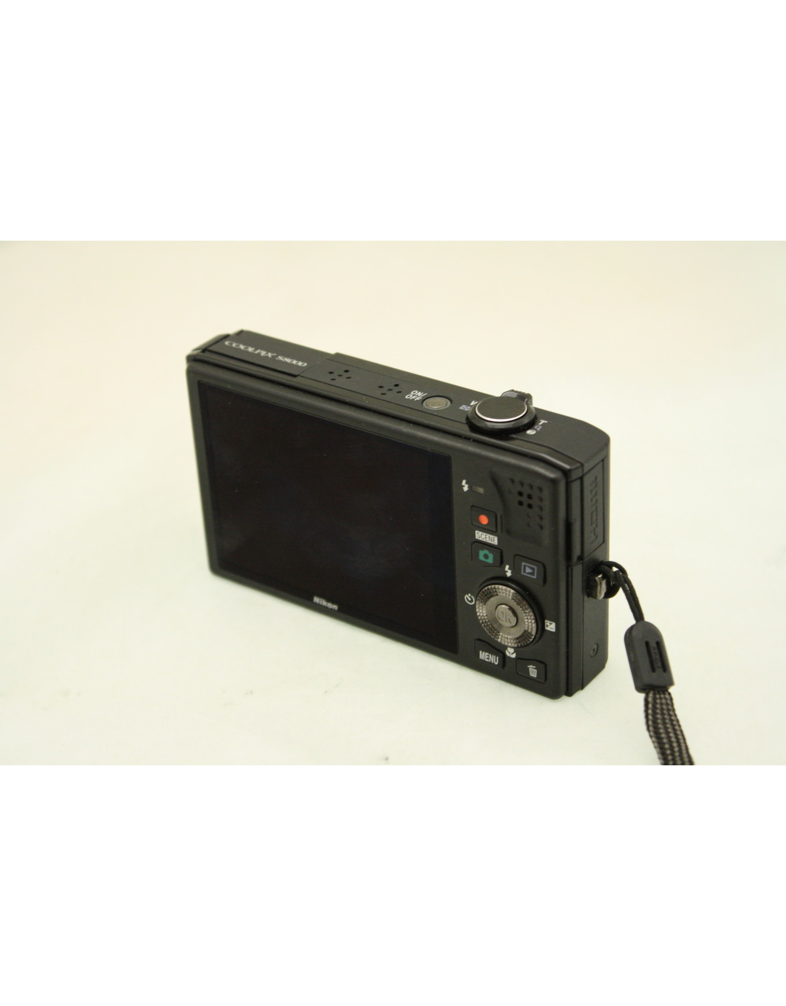 """Nikon COOLPIX S8000 14.2MP Black Digital Camera - 3"""" LCD battery charger (Flash not working -Sold AS-IS)"""