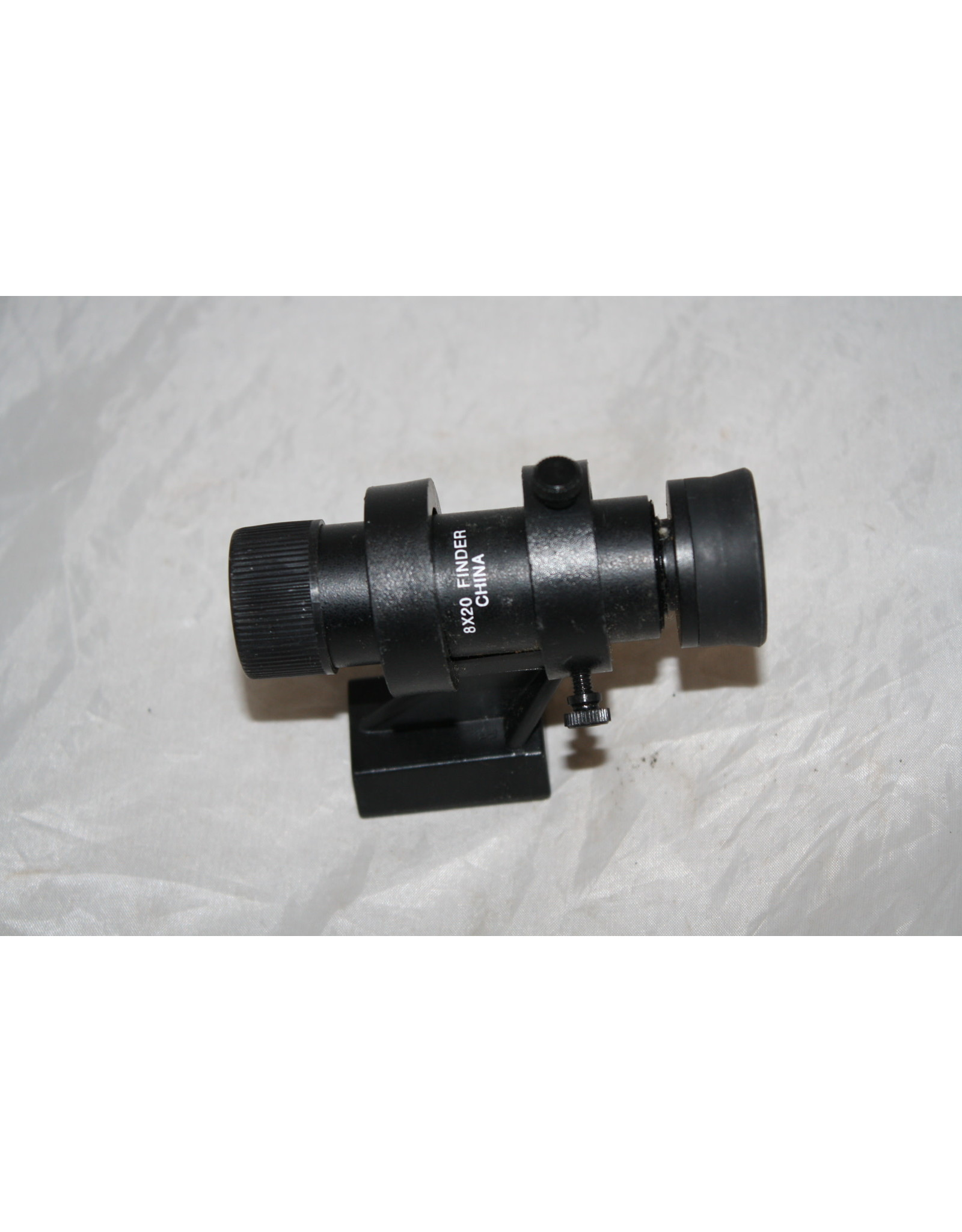 Celestron 8x20 finderscope with Bracket for Vixen Base