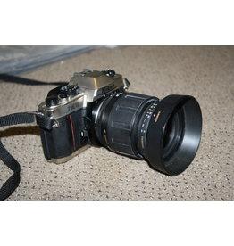 Nikon Nikon FM10 Chrome 35mm with Tamron 28-80mm Zoom (Pre-owned)