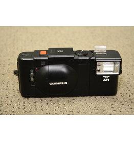 Olympus XA 35mm Rangefinder Film Camera f/2.8 Zuiko Lens with A11 Flash(TESTED)