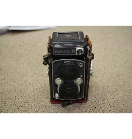 Vintage Original Yashica 12 TLR Camera
