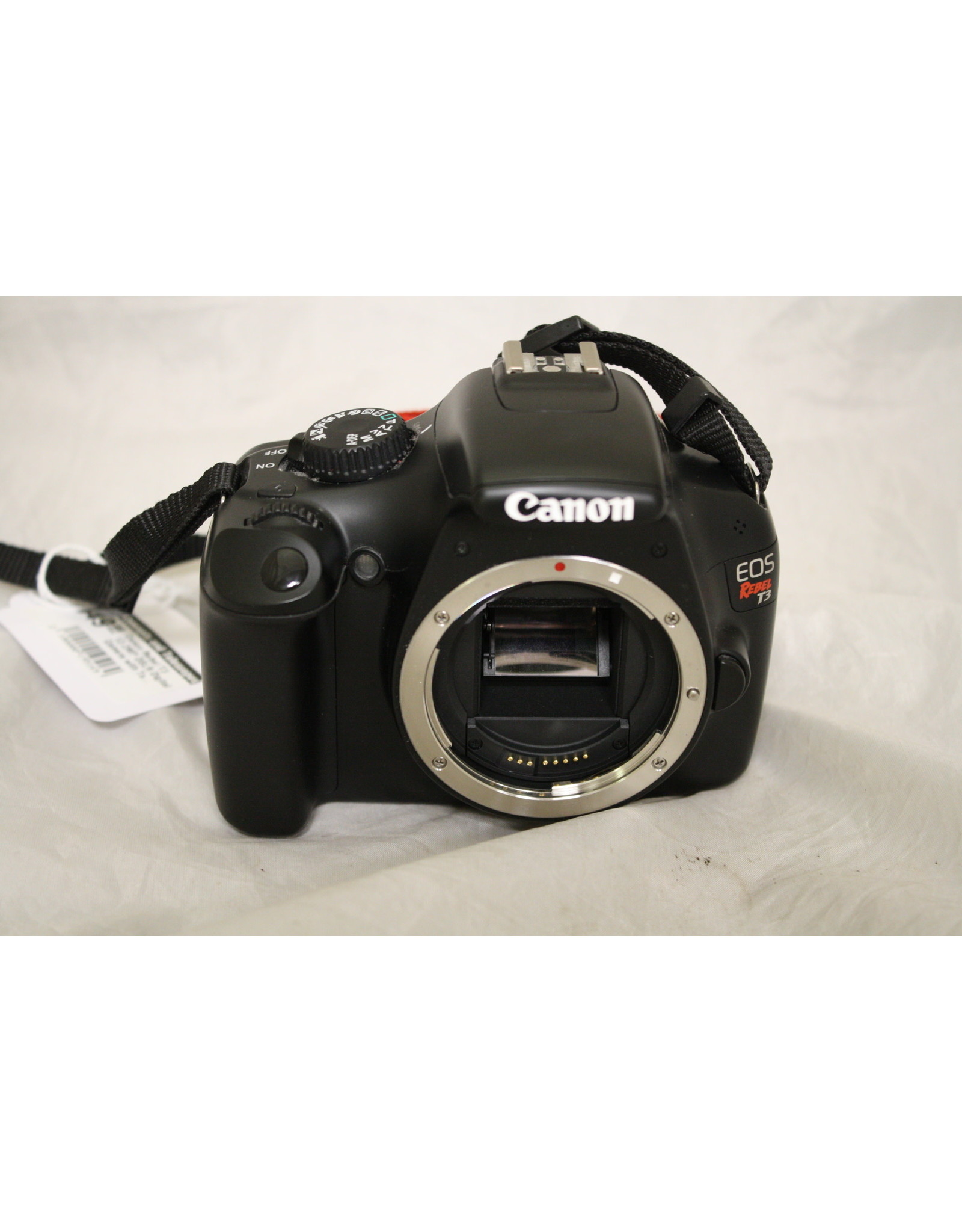 Canon Canon Rebel T3 12.2MP DSLR Digital Camera with Tamron 18-200mm Lens and Case