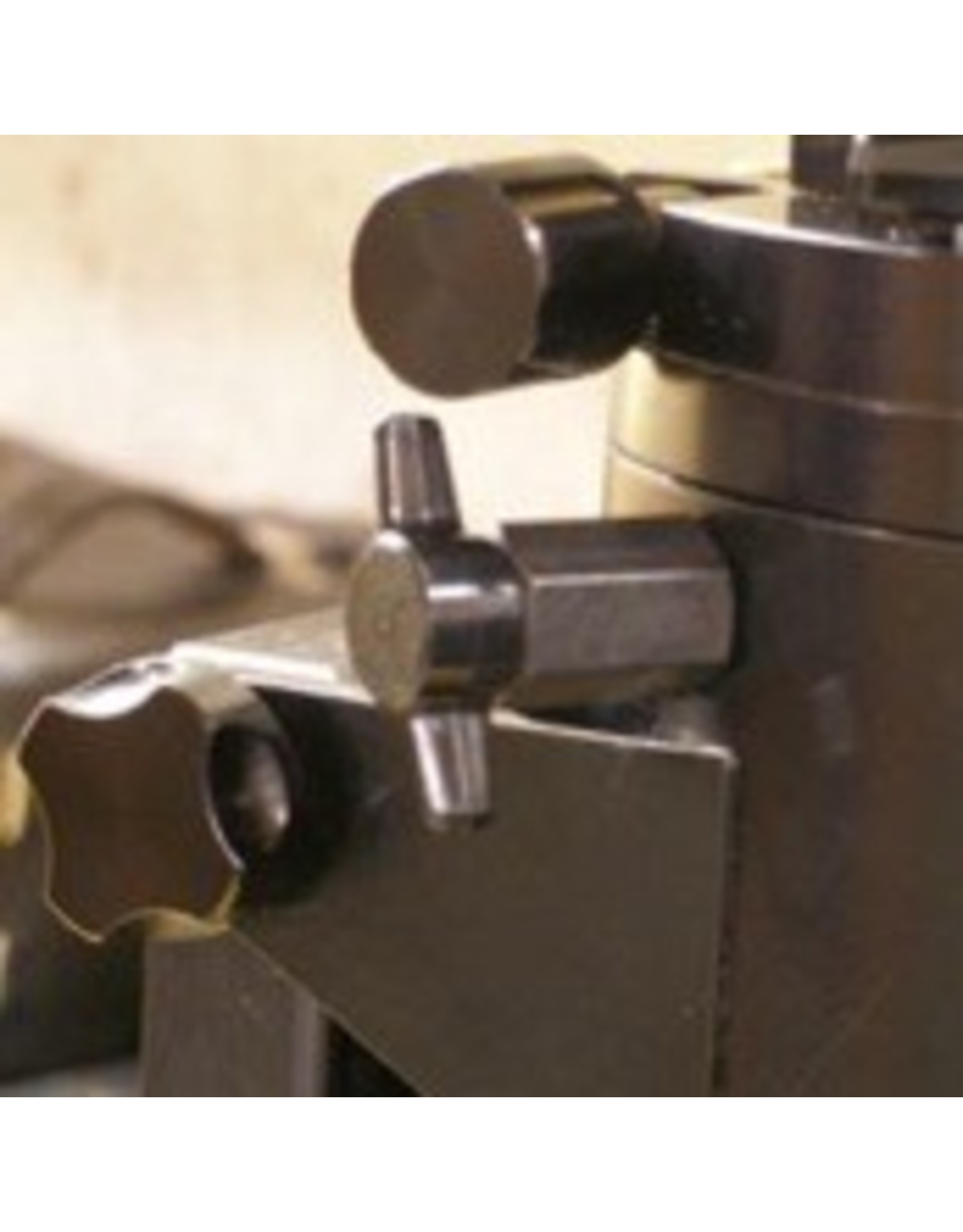 Bob's Knobs KNOBS FOR MOUNTING LOSMANDY GM-8 OR G-11 HEAD TO LOSMANDY UPPER TRIPOD SECTION