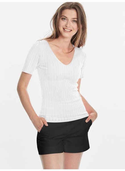 525 America Ribbed V-Neck