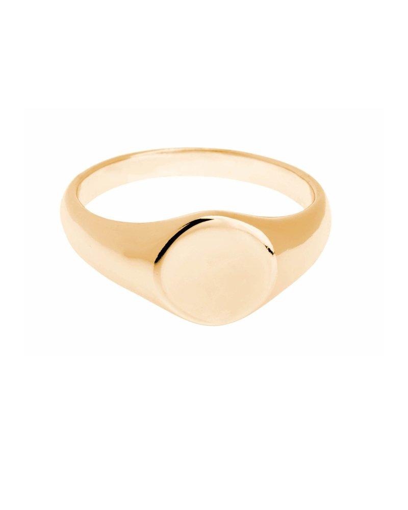 Shashi Signet Ring Yellow-Gold Size 5
