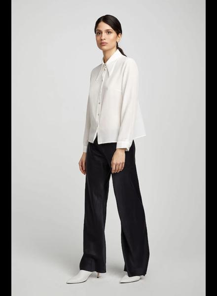 Silk Laundry Sharp Collar Shirt