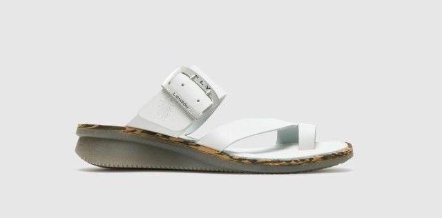Fly London Fly London Cop Wedge Slide Off White