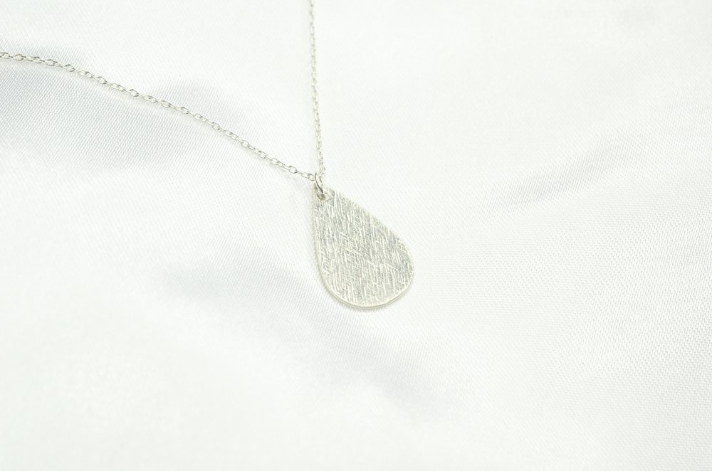Finches' Finches' Drop Necklace Silver
