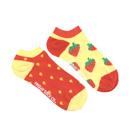 Friday Sock Co. Women's Inside Out Strawberry Ankle W 5 - 10 (M - 4 - 8)