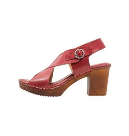 Ten Points Amelia Brushed Leather Clog
