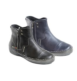 Volks Walkers Shay Boot Black