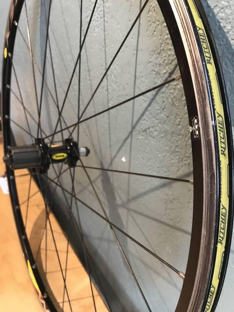 mavic Mavic Ksyrium Equipe 10/11 speed 130mm Rear Wheel 700c Black - Used Good