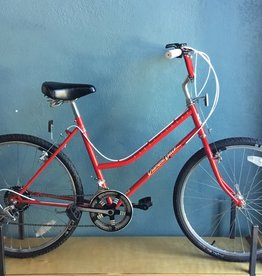"DiamondBack FleetStreak red 17"" step thru"