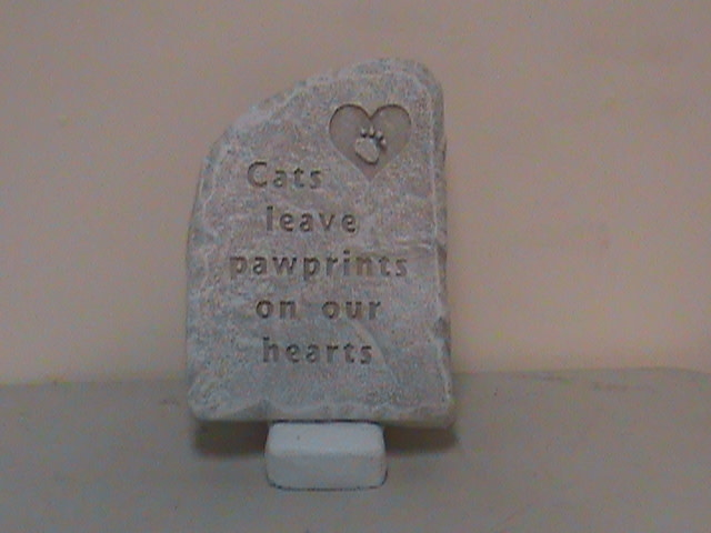 Cats Leave Paw Prints Memorial Stepping Stone