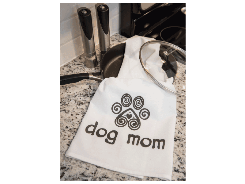Dish Towel - DOG MOM WITH HEART