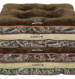 REALTREE MAX5 TUFTED GUSSET PET BED 38x28