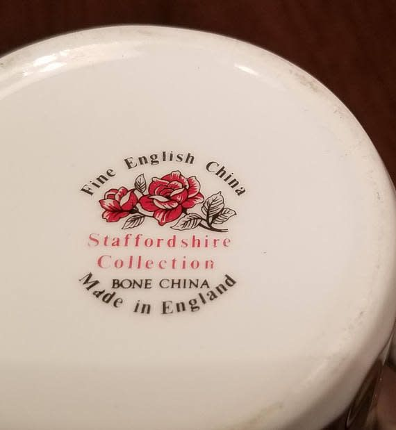 China English Tea Plate Airedale Terrier
