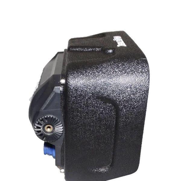 Lowrance HDS 9 Carbon Visor