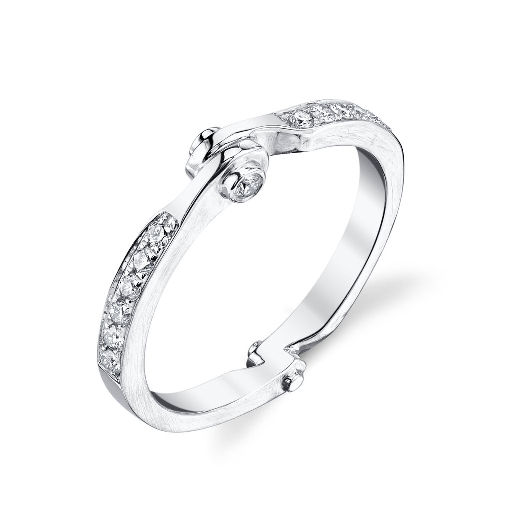 18K White Gold Diamond Handcuff Band<br />