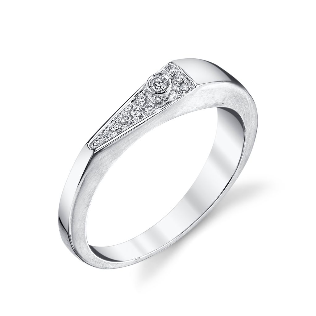 "18K White Gold, Pave Diamond ""V"" Band<br />