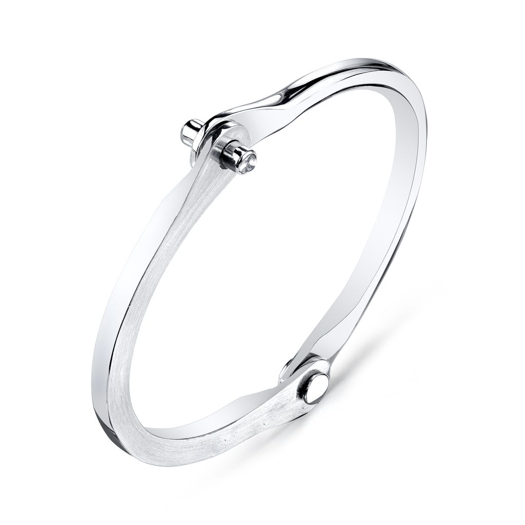 Women&#039;s Silver Handcuff w/ White Diamond Studs<br />.20 cts. wh di&#039;s<br />size 1