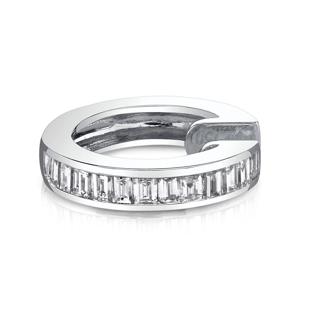 18K White Gold, Diamond Baguette Earcuff<br />.25cts diamonds