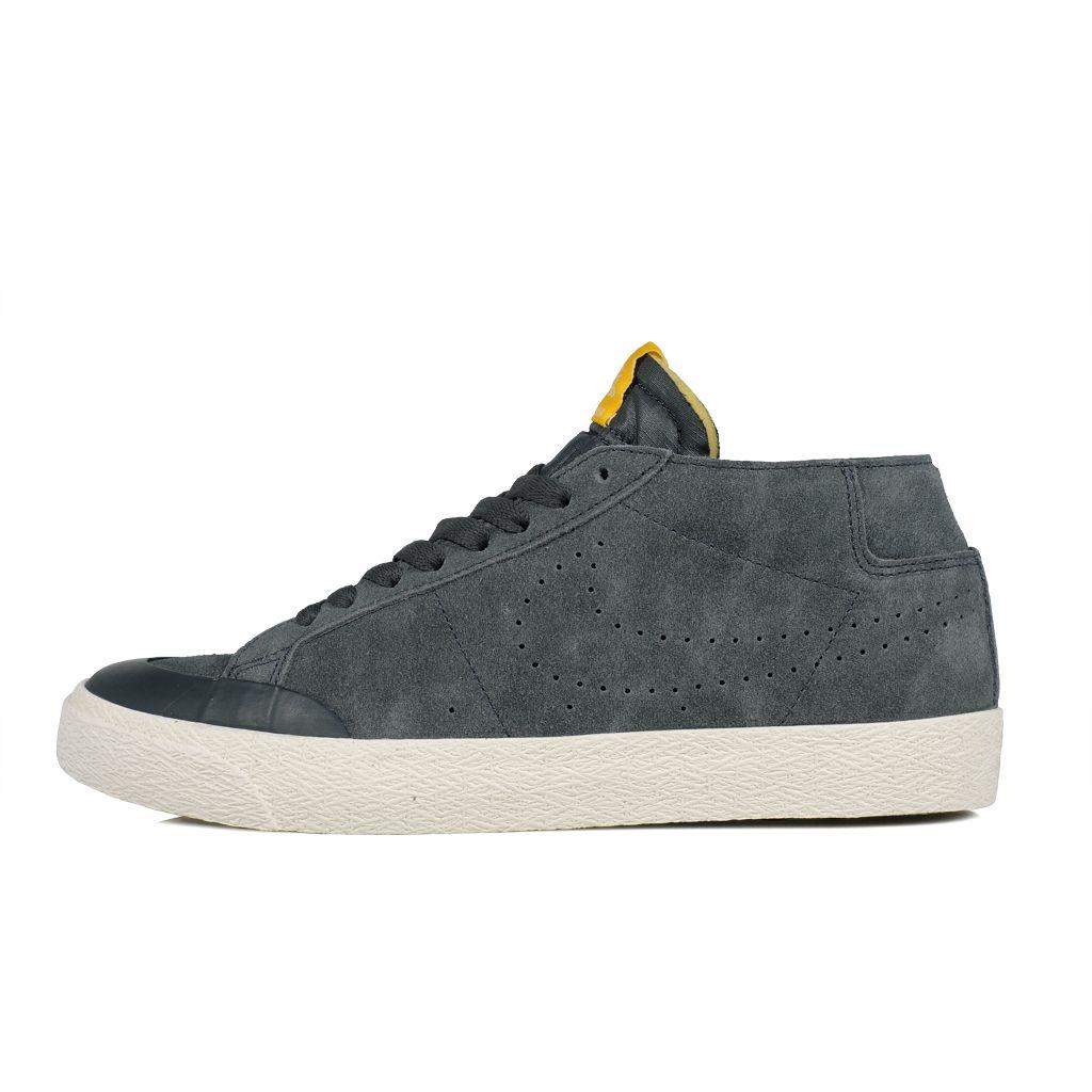 hot sale online 1d25f 36ec7 Nike SB // Zoom Blazer Chukka XT