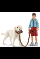 Schleich Farm World Walking with Labrador Retriever 42478