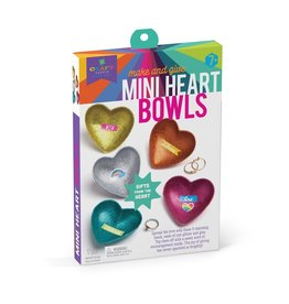 Ann Williams Make and Give Heart bowl
