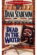 Dead in the Water - Stabenow, Dana