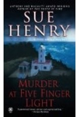 Murder at Five Finger Light - Henry, Sue